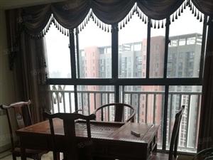 荟萃中央豪华装修可租办公家具家电齐全看房随时