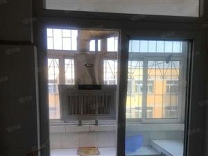 嘉祥百货小区3室1厅1卫103平米精装可拎包入住