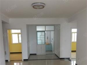 四实小学房从未入住,新装修,寻找干净租户