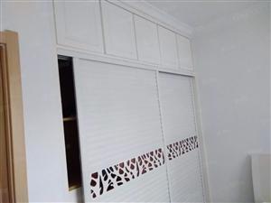 迎泰新城房屋出租家具家电齐全,拎包入住。
