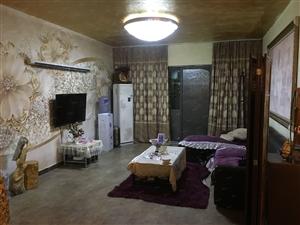 二七万达140平豪华装修三室两厅两卫南北通透舒适