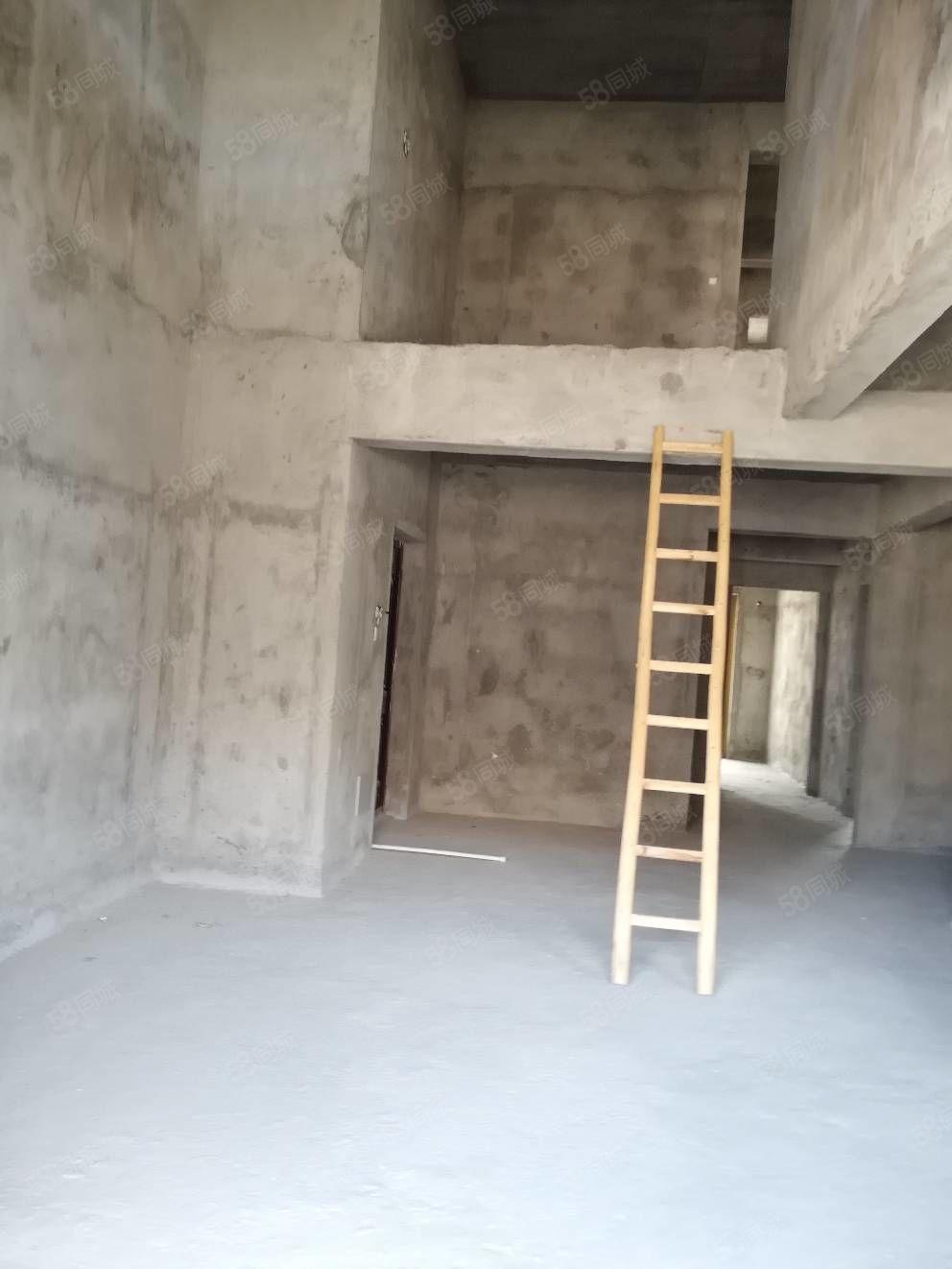 天和国际公馆楼中楼6房设计毛胚电梯高层