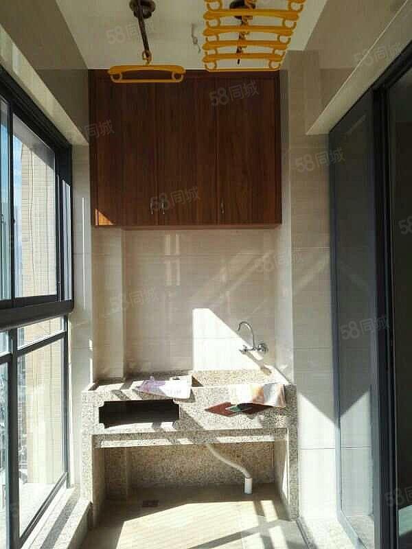 唐程御品精装3房南岸商圈环境优美拎包入住实地看房