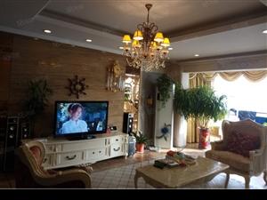 美澳独栋别墅超大院子330平共四层精装证过二
