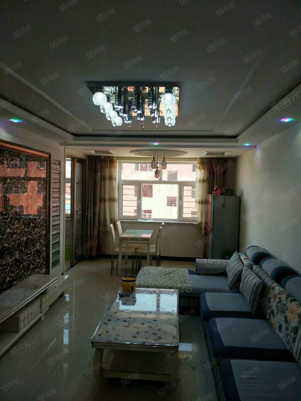 出售东益花园精装房一套,带家具家电,带地下室,包过户