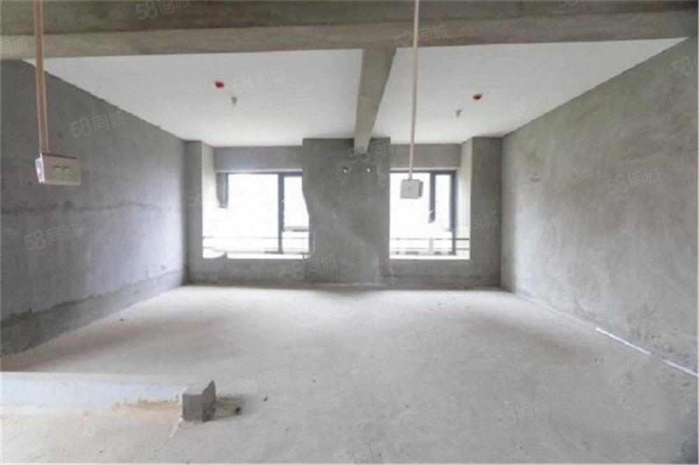 双主卧,电梯高层板状,东端头户型,标准大五房,中庚城,普装