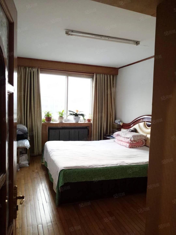 好房源明山武安街3室1厅1卫26中半径