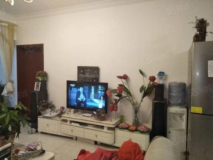 万裕润园、精装修3室、带全套家具家电澳门金沙平台