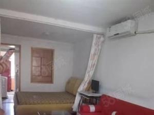 兴山路五楼精装套一,婚装新装修,全套家具家电,干净,拎包入住