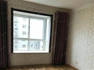 高楼新村精装三室,即买即住,随时看房