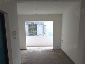 (保靖)沿河地段三房出售,低于市场价。诚心急售。