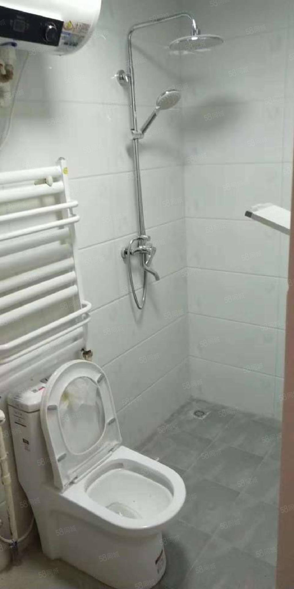 泺亨国际,精装修,热水器,温馨舒适