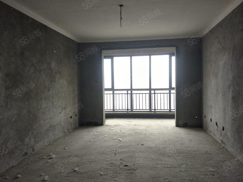 金汇名家三室毛坯户型超正均价超低错过再没有这么美的房子