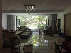 南湖边学海路瀛洲河畔精装联排别墅6室2厅3卫带有大花园出售