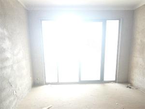 一小凤凰城电梯两室+南北通透+有证两年+有钥匙