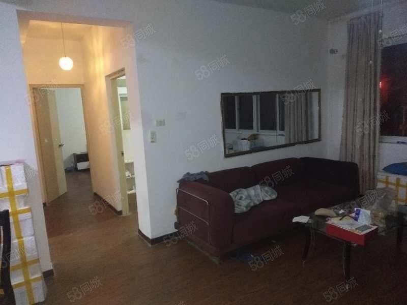 出租溫州大學教師公寓每月2800元還有8個月到期拎包入住