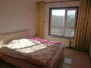格兰二期出租2居室,每月2500元