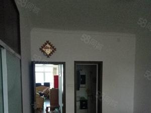 幸福家园157.25平米,3房2厅2卫带家电