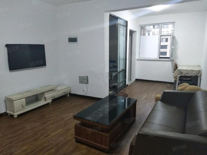 泰景山城精装2室家具家电齐全拎包住包取暖物业电梯
