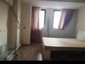 万达公寓,精装修,拎包入住,随时看房