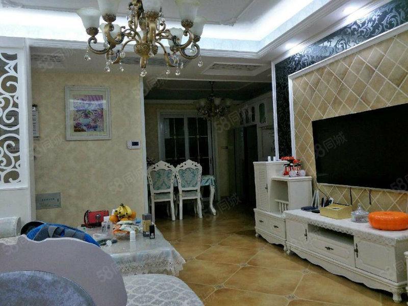 文汇西路、锦丽花语3室精装南北通透带家具家电有证可按揭。