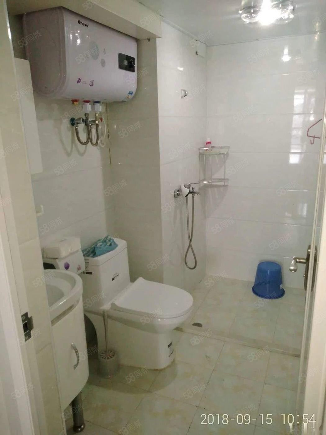 整租泰禾红树林艾特公寓单身公寓设备齐全拎包入住租金1200