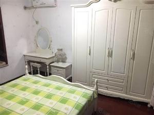 蔚蓝花城七色镇温馨两室精装修全配三部空调随时看房