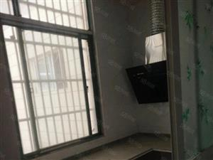 姚李镇,苏果超市对面,三楼,简装修,3室2厅1厨1卫