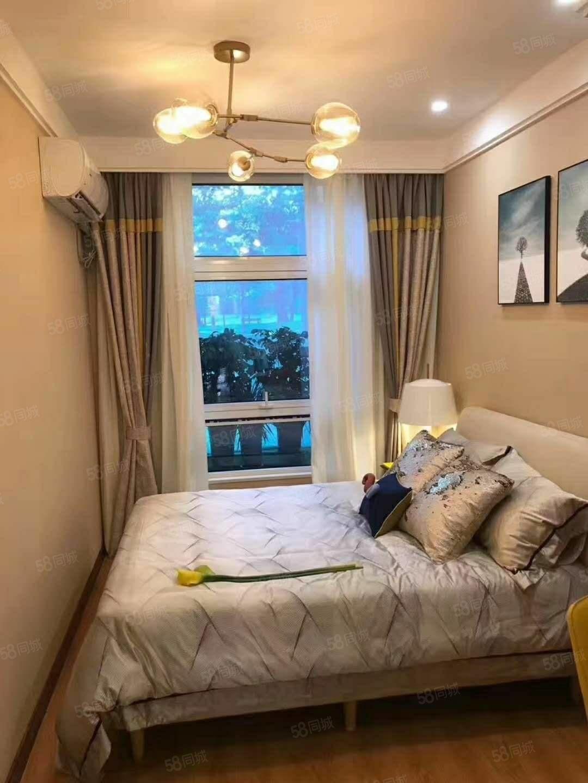 港南明星楼盘,润丰新尚,准现房,地铁口,精装公寓均价6500
