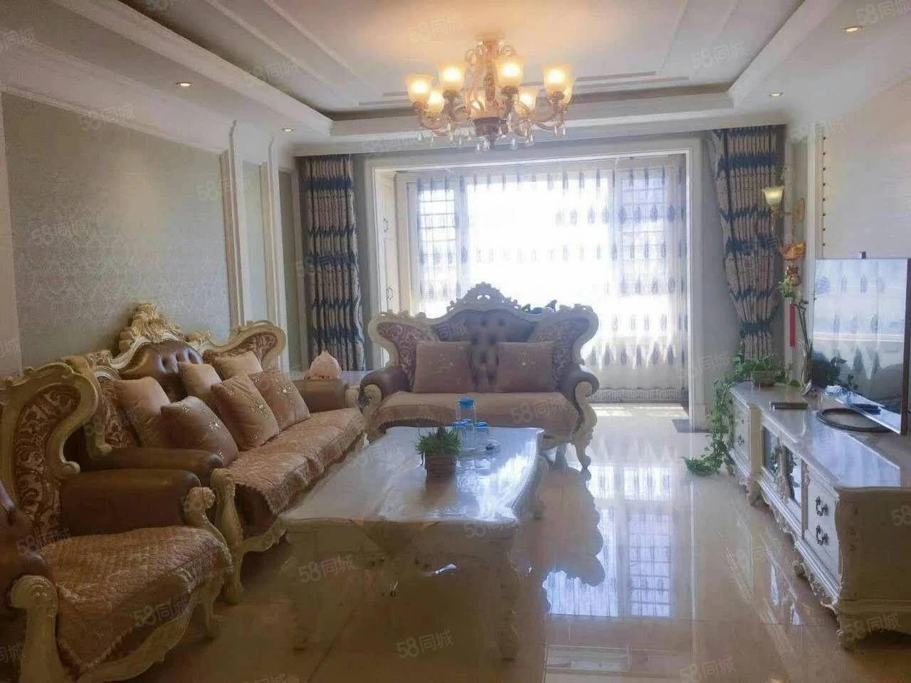 临近富尔沃商场.海上海酒店.龙湾公园.三一三海滨浴场.
