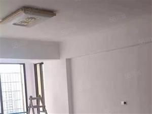 中骏蓝湾香郡酒店试公寓45平押一付三只要1200