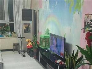 名门华都3楼114平可贷款带家具家电储间