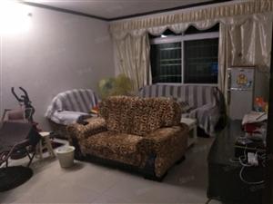 建昌花园,中装带家具家电,带80平院子和一个储物间