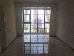 尚城一品三室出租电梯房全新装修一年一万三包物业费
