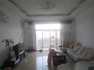 金苑小区2800单价出售一套XIQUE售房!有意看过来。