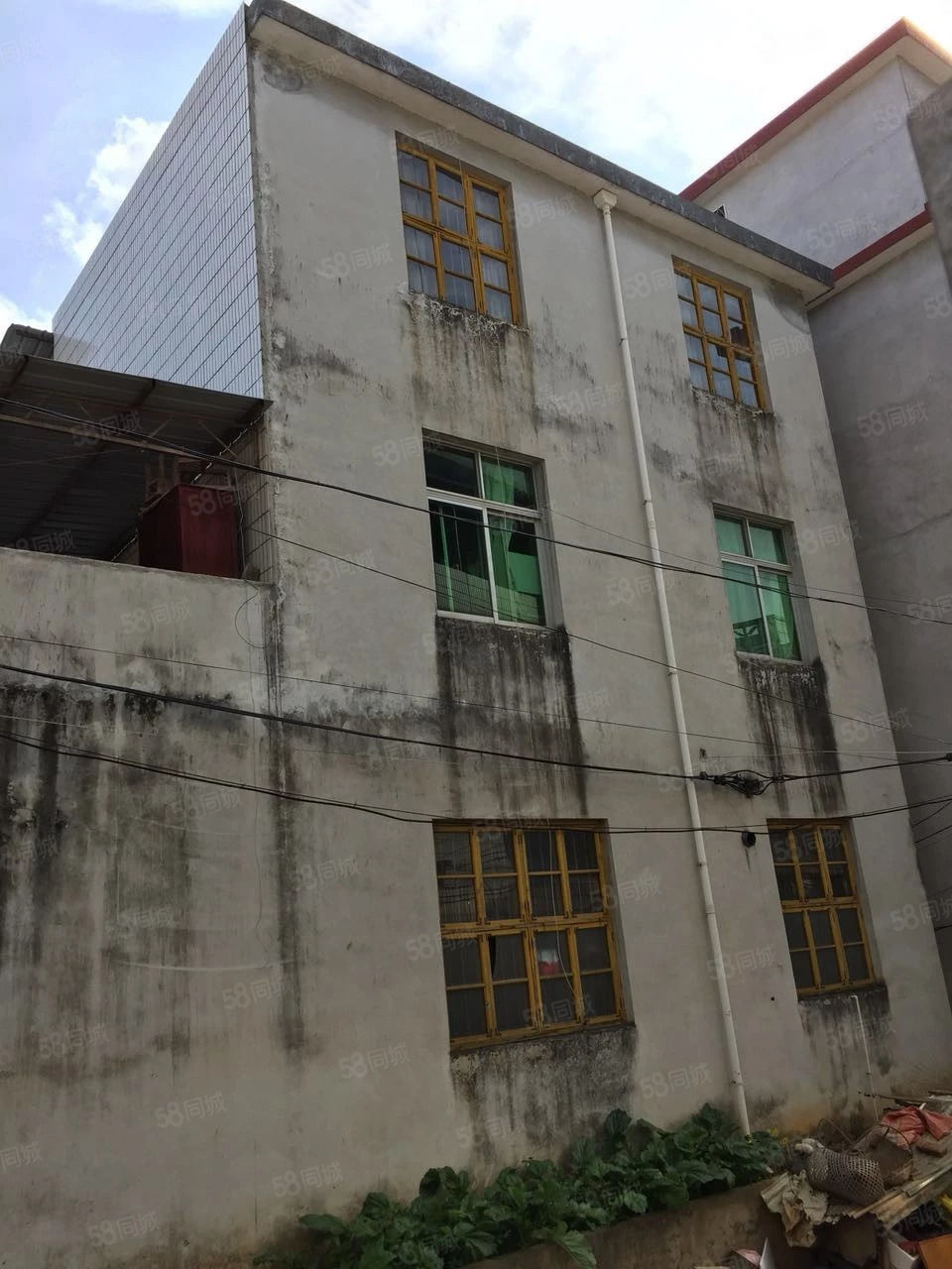 南岗城南幼儿园附近栋房套房价出售