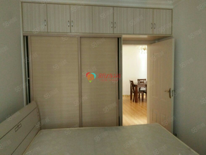 龙城御景三室两厅精装齐全学区房看房有钥匙