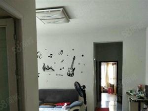 凯旋城标准2室精装修