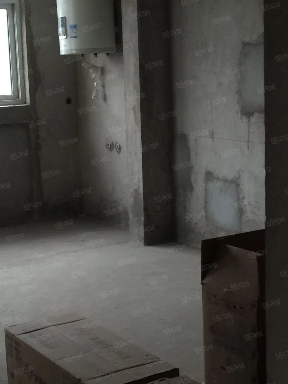 铜锣湾,4室2厅2卫,东边户,毛坯,137平,50万