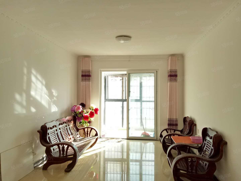 锦绣荷园2室简单装修可随时看房