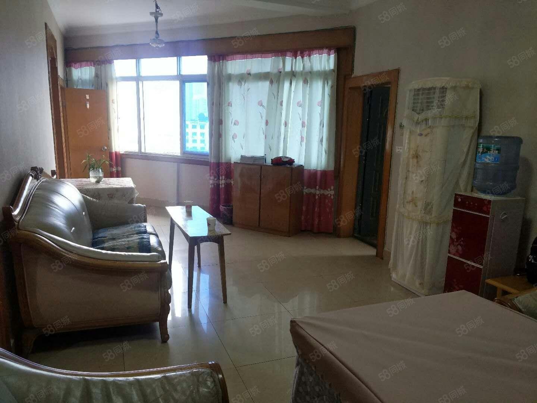 花果山南路行暑精装房3居室,3台空调,业主1500出租