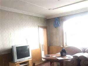 红山路住宅小区建工医院旁三室一厅包暖物价格低拎包入住