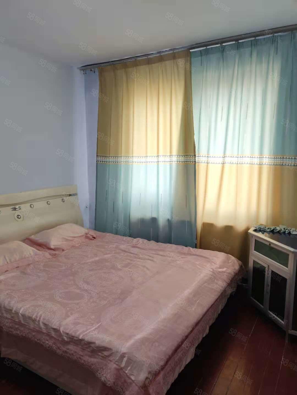 出租杭州街博大附中西门附近干净温馨两室设施齐全,拎包即住!
