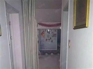 和谐小区附近,3室厅简单装修,出售