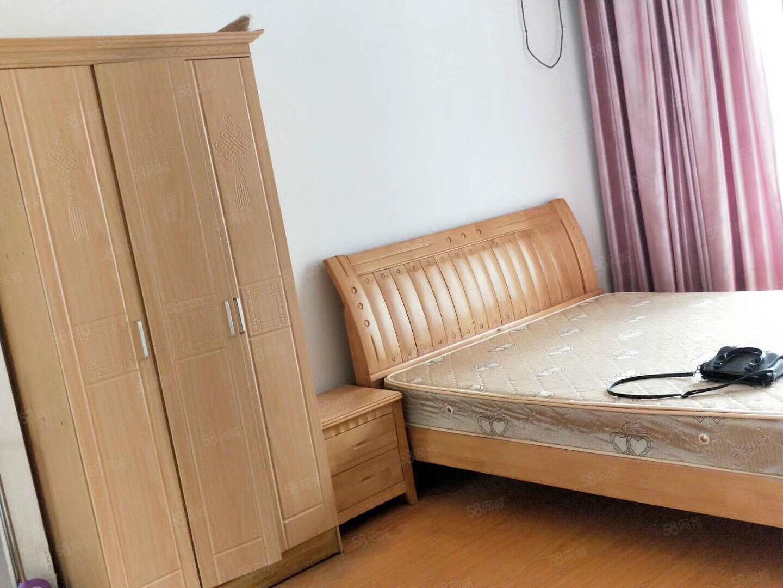 万达华城单身公寓1室1卫拎包入住看房有钥匙
