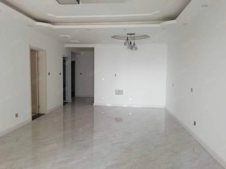 天明城电梯三房精装修可配家具家电业主急租看房方便