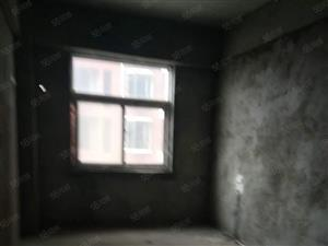 西美国际两室毛坯电梯房