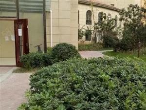 太昊路阳光花墅5室2厅2卫一楼带院
