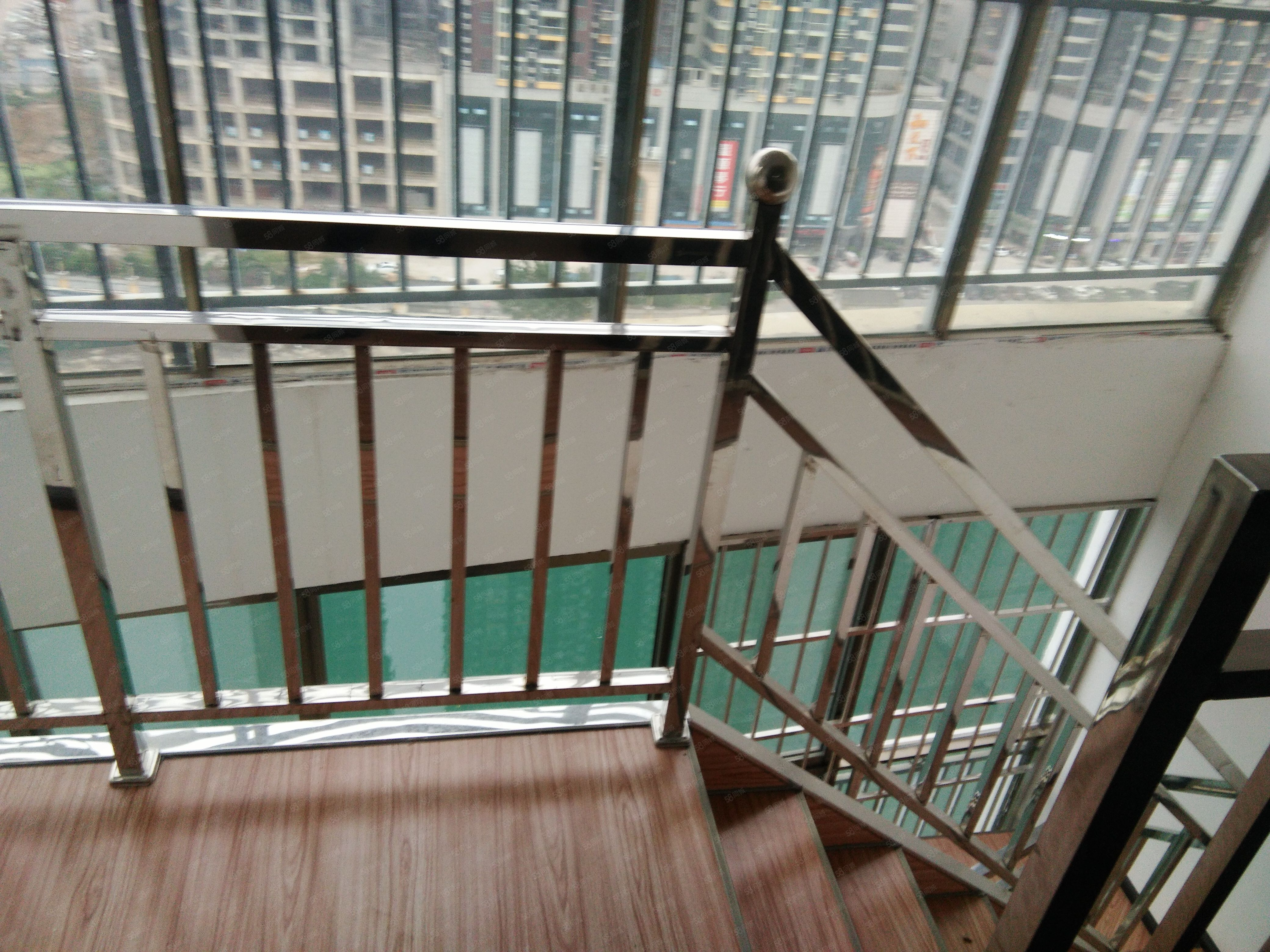 清水景苑,白金汉宫楼上,电梯房,精装修,可以办公居住两用