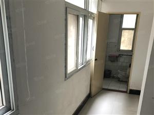 大中教师公寓,全新家具,欢迎入住